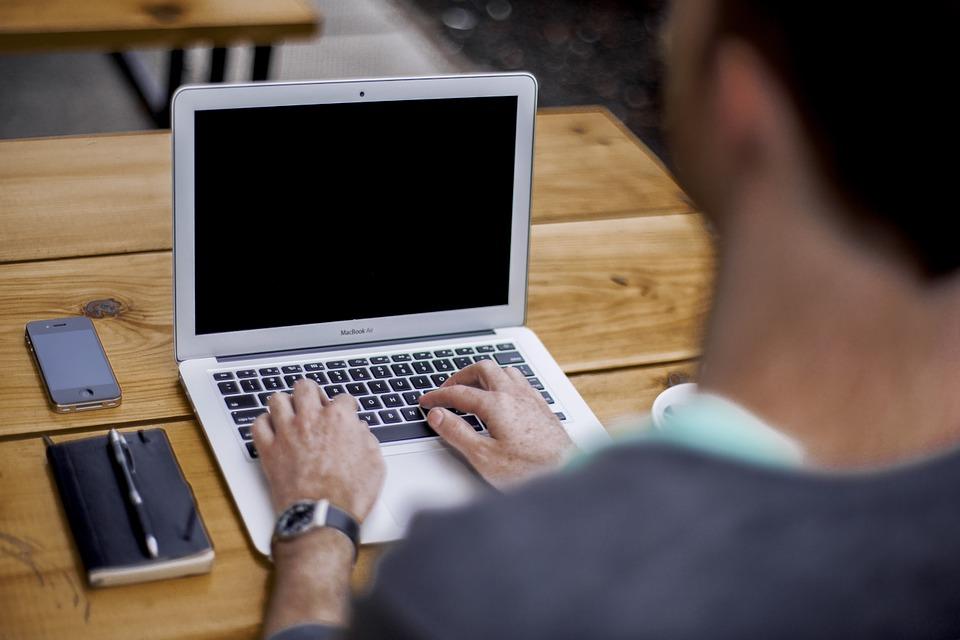 ブログ ブロガー オフィス ビジネス ノートブック Macbook 空気 ポータブル デバイス