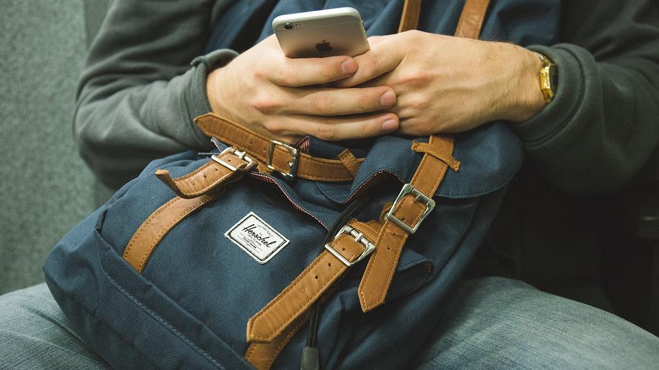 バックパック Iphone スマート フォン 携帯電話 人 電話 モバイル セル